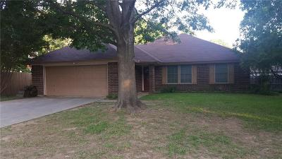 Azle Single Family Home For Sale: 713 Windwood Way