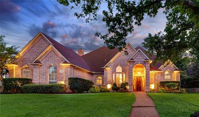 Southlake Single Family Home For Sale: 704 Shadow Glen Drive
