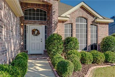 Fort Worth Single Family Home For Sale: 4921 Tulip Lane