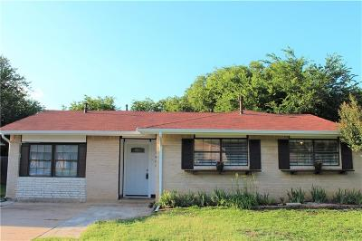 Arlington Single Family Home Active Option Contract: 1407 Rosewood Lane