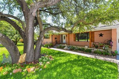Fort Worth Single Family Home For Sale: 4004 Clayton Road E