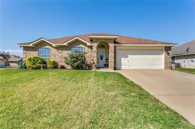 Burleson Single Family Home For Sale: 401 Jeffdale Drive