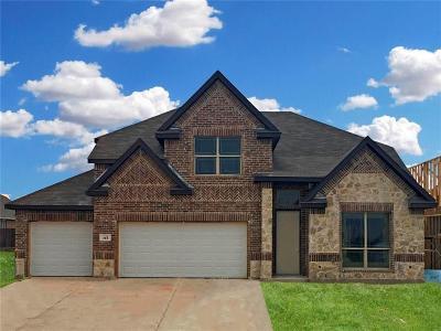 Saginaw Single Family Home For Sale: 264 Sugar Creek Lane