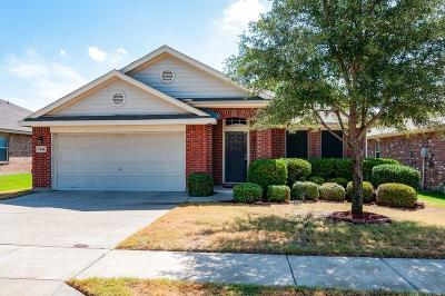 Fort Worth Single Family Home For Sale: 5844 Red Drum Drive