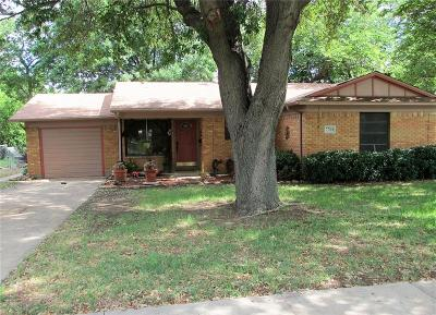 North Richland Hills Single Family Home For Sale: 7701 Janetta Drive