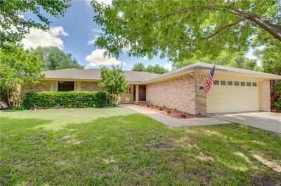 Benbrook Single Family Home For Sale: 10120 Regent Row Street