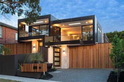 Dallas Single Family Home For Sale: 2319 Topeka Avenue