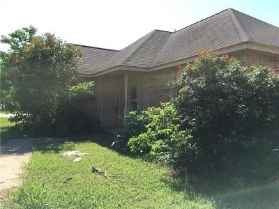 Waxahachie Single Family Home For Sale: 240 Dunlap Street