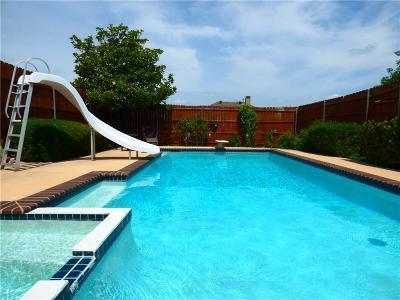 Cedar Hill Single Family Home For Sale: 1020 Hampshire Lane