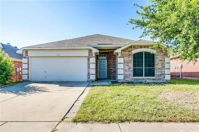 Arlington TX Single Family Home For Sale: $235,000