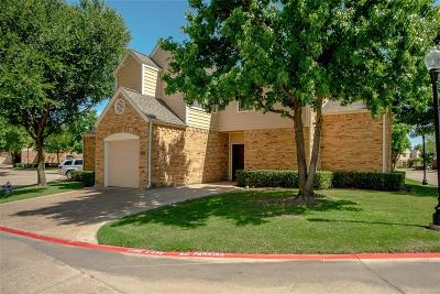 Irving Condo For Sale: 213 Cimarron Trail #1