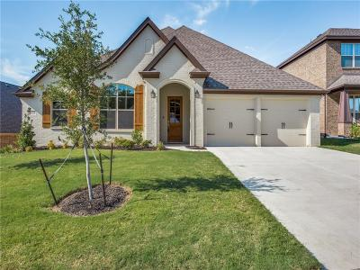 Benbrook Single Family Home For Sale: 328 Bluffside Trail