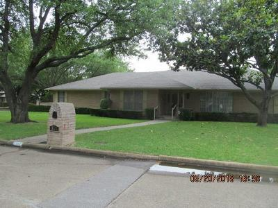 Rockwall Single Family Home For Sale: 301 Lake Terrace