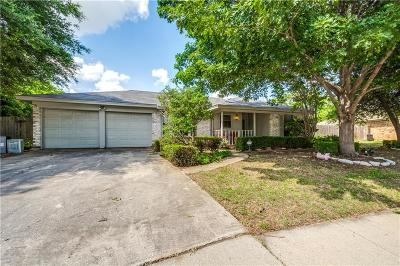 North Richland Hills Single Family Home For Sale: 8101 Emerald Hills Way