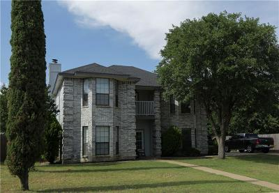 Kennedale Single Family Home For Sale: 203 Hillside Drive