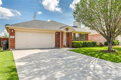 Fort Worth Single Family Home For Sale: 708 Nelson Place