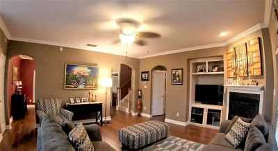 Irving Single Family Home Active Contingent: 1204 Colby Court