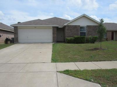 Fort Worth Single Family Home For Sale: 1412 Castle Ridge Road