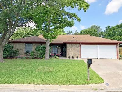 North Richland Hills Single Family Home For Sale: 5811 Crestwood Circle E
