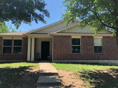 Dallas Single Family Home For Sale: 726 Trinity Lane