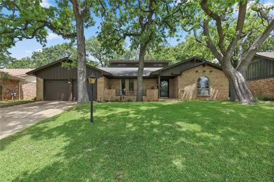 Fort Worth Single Family Home For Sale: 7241 Martha Lane