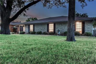 Lewisville Single Family Home For Sale: 1637 Chisolm Trail