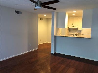 Dallas Condo For Sale: 1810 N Garrett Avenue #104