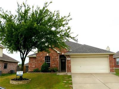 Single Family Home For Sale: 2817 Quarter Horse Lane