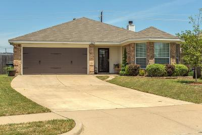 Fort Worth Single Family Home For Sale: 12124 Rolling Ridge Drive