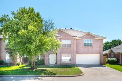 Arlington Single Family Home For Sale: 6409 Viking Trail