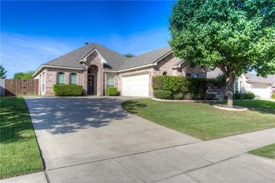 Benbrook Single Family Home For Sale: 8321 Asta Court