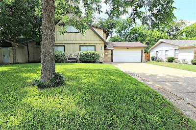 Arlington Single Family Home For Sale: 1722 Foster Drive