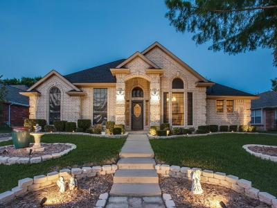 Tarrant County Single Family Home For Sale: 6772 Brittany Park Court