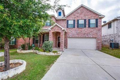Fort Worth Single Family Home For Sale: 12605 Summerwood Drive