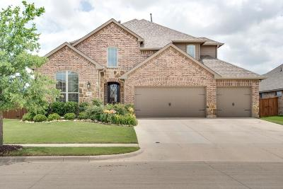 Saginaw Single Family Home For Sale: 661 Mangrove Trail
