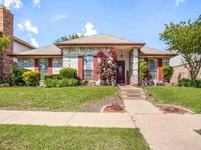 Garland Single Family Home For Sale: 5234 Wood Creek Lane
