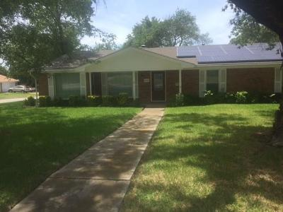 Fort Worth TX Single Family Home For Sale: $179,900