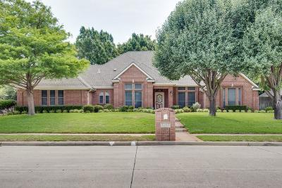 North Richland Hills Single Family Home For Sale: 8340 Thornhill Drive