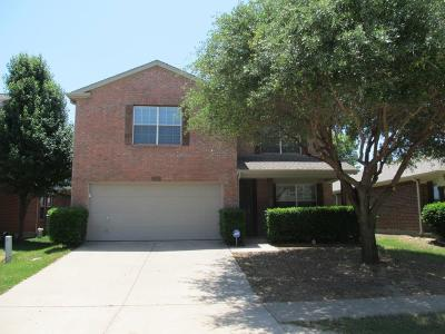 Cross Roads Single Family Home For Sale: 9008 King Ranch Drive