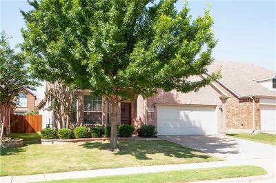 Fort Worth Single Family Home For Sale: 2800 Thorncreek Lane