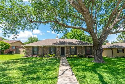 Lewisville Single Family Home For Sale: 1809 Chisolm Trail