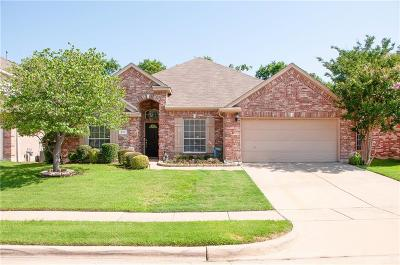 Grand Prairie Single Family Home For Sale: 310 Swallowtail Court