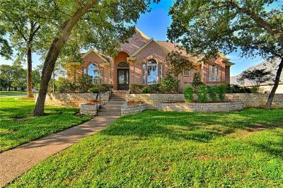 Kennedale Single Family Home For Sale: 918 Shady Vale Drive