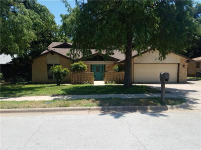 Hurst Single Family Home For Sale: 805 Donna Drive