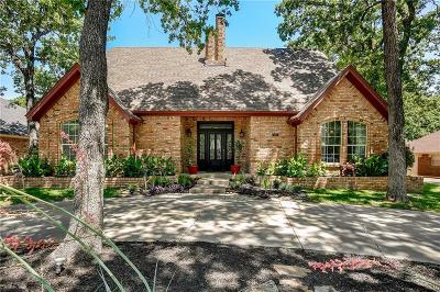 Hurst Single Family Home For Sale: 912 W Redbud Drive