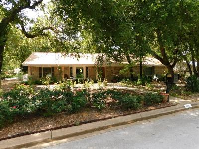 Hurst Single Family Home For Sale: 2825 Winterhaven Drive