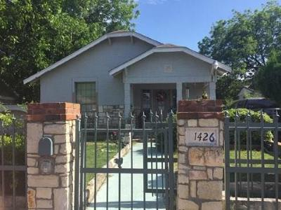 Dallas Single Family Home For Sale: 1426 Padgitt Avenue