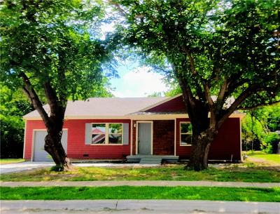 Arlington Single Family Home For Sale: 1511 Biggs Circle