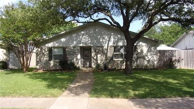 Carrollton Single Family Home For Sale: 3021 Rolling Hills Circle