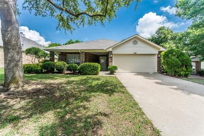 Rowlett Single Family Home For Sale: 8209 Newport Drive